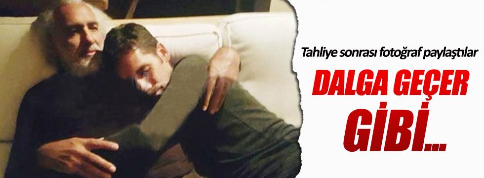 Tahliye sonrası Rüzgar Çetin'le babası böyle poz verdi