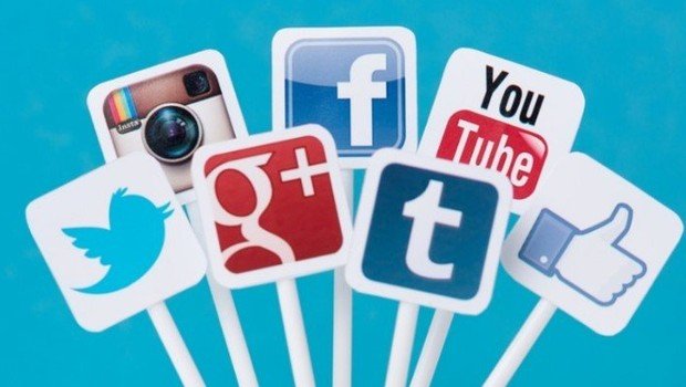 Twitter ve Facebook'a erişim koptu