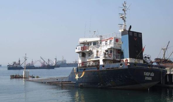 Kartal'da gemi battı
