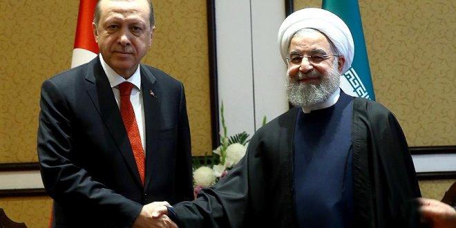 Erdoğan, Ruhani'yi tebrik etti