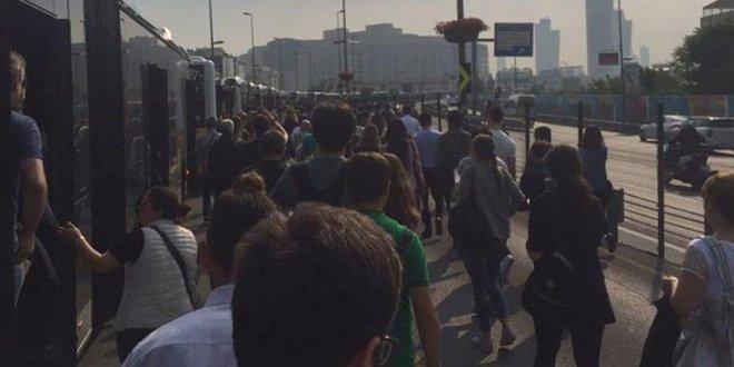 İstanbul'da metrobüs arızası