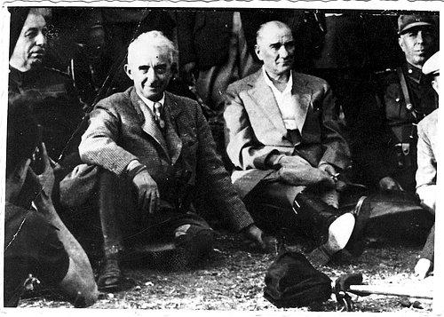 Atatürk'ün Tarih Görüşü (7)