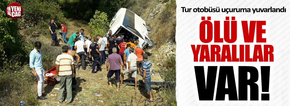 Tur otobüsü devrildi: Ölü ve yaralılar var