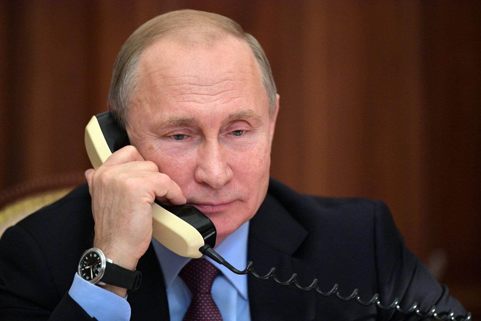 Putin, Aliyev ve Paşinyan'la görüştü