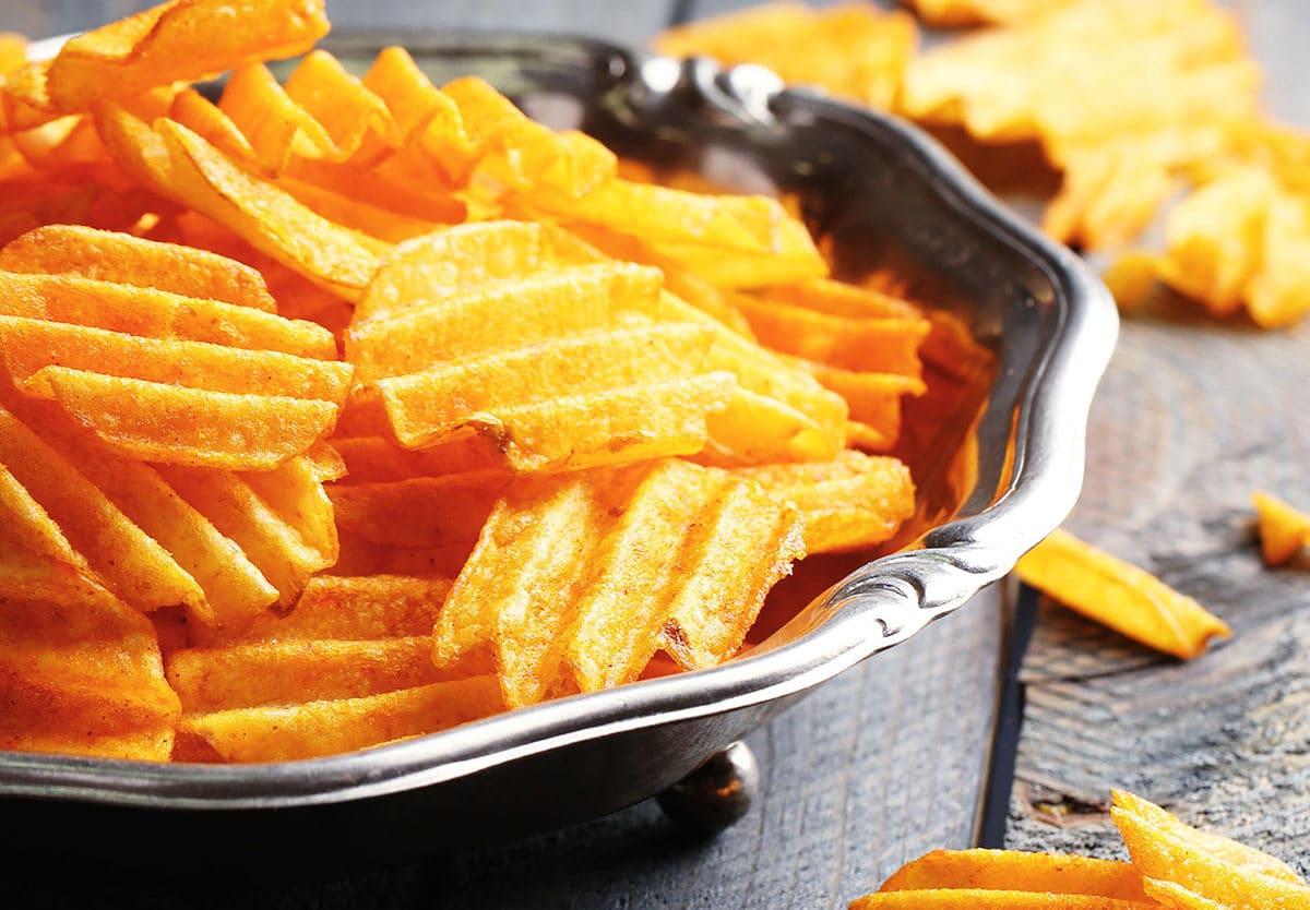 Bağırsakların ve midenin baş düşmanı 8 zararlı yiyecek