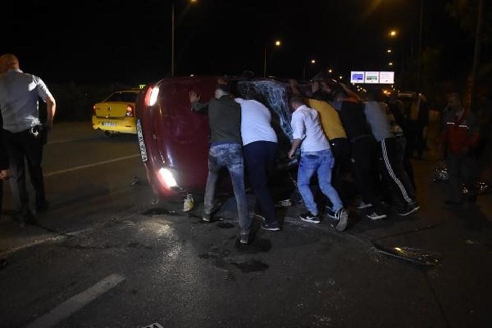 İzmir'de zincirleme kaza: 5 yaralı