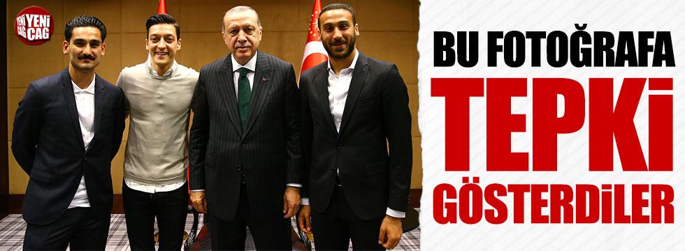 Özil, Gündoğan ve Cenk Tosun'la fotoğraf çektiren Erdoğan'a tepki