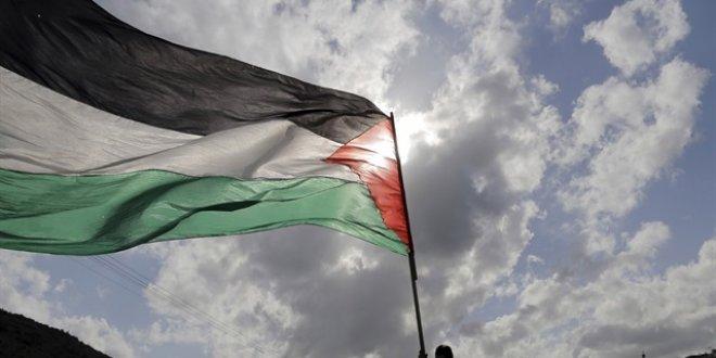 Filistin ABD'deki temsilcilerini geri çekti