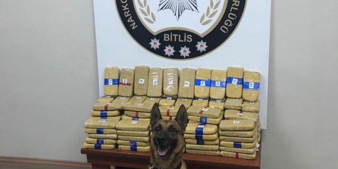 Bidondan 73 kilogram uyuşturucu çıktı