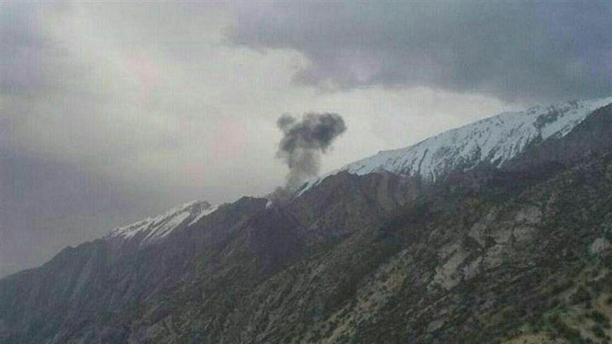 İran'da eğitim uçağı düştü: 2 ölü