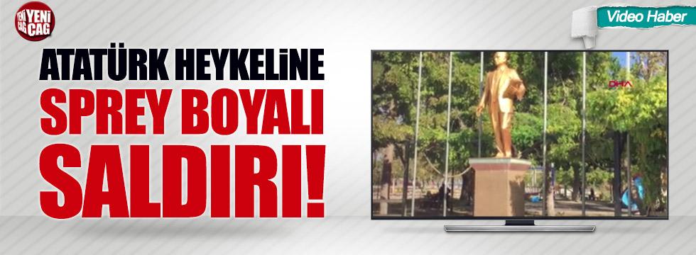 Antalya'da Atatürk heykeline sprey boralı saldırı!