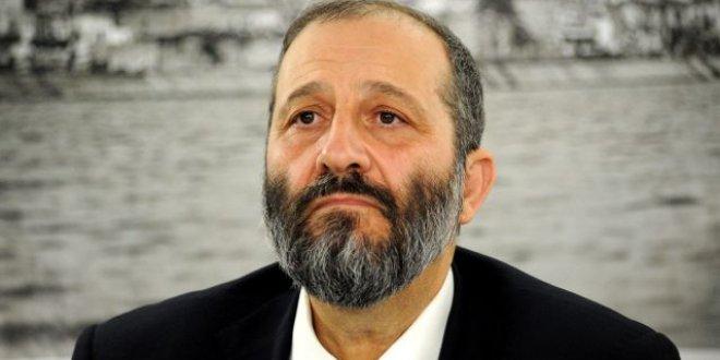 İsrail'de İçişleri Bakanı için dava istemi