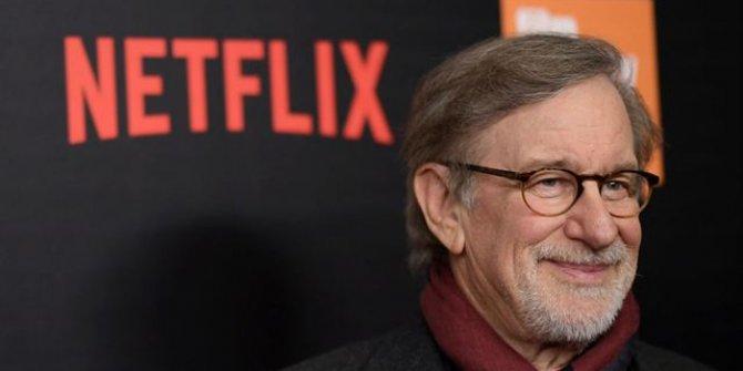 Steven Spielberg yalnız kaldı