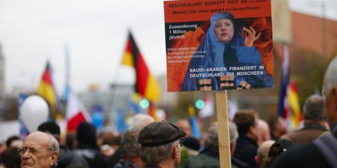 Avrupalılar aşırı sağdan rahatsız