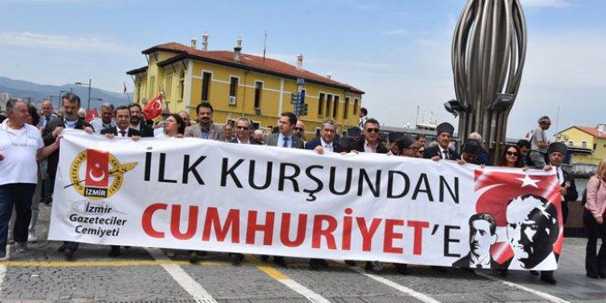 Düşmana ilk kurşunu atan Hasan Tahsin, İzmir'de anıldı