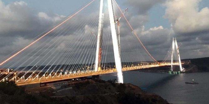 Çin'den üçüncü köprü açıklaması