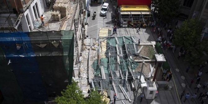 Ankara'da inşaat iskelesi çöktü