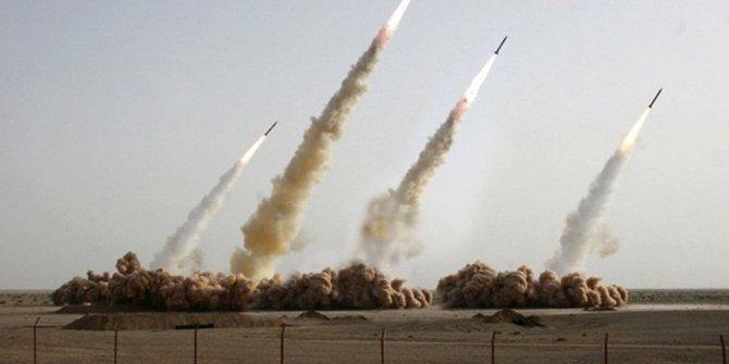 Nükleer silahlanma gerilimi doruk noktasına ulaştı
