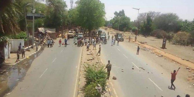 Sudan'da protestoculara kanlı müdahale