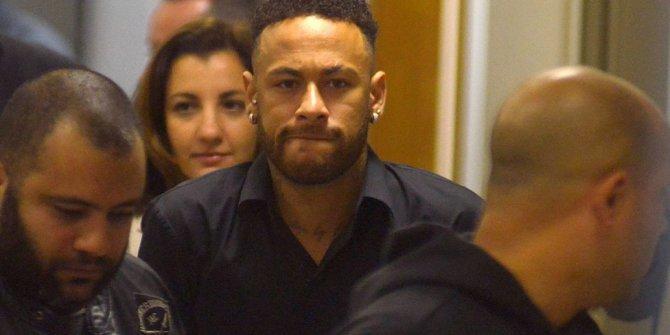 Neymar'a sponsor darbesi