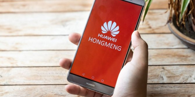 Huawei kendi işletim sistemi HongMeng'i tanıtmaya hazırlanıyor