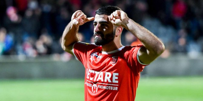 Umut Bozok, Lorient'e gidiyor!