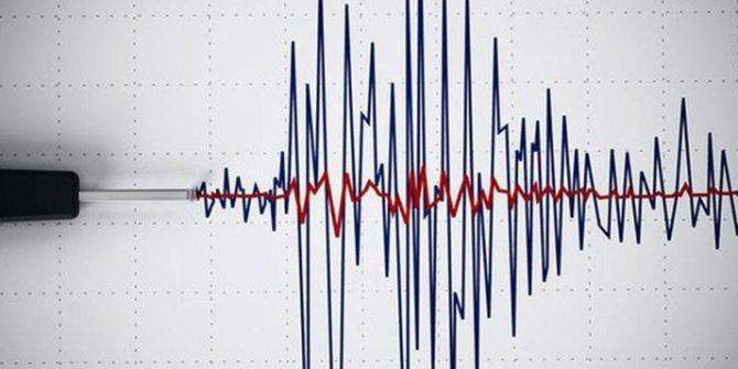 Yeni Zelanda'da şiddetli deprem