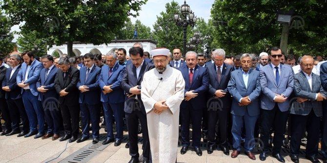 Mursi için Ankara'da gıyabi cenaze namazı
