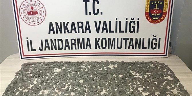 Ankara'da Selçuklu dönemine ait gümüş sikke ele geçirildi
