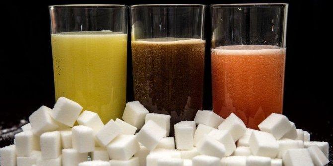 Şekerli içecekler kansere yol açıyor