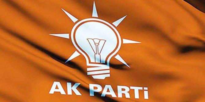 AKP Aliağa İlçe Başkanı ve 7 yönetici istifa etti