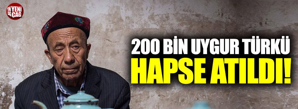 Doğu Türkistan'da Uygur Türkleri hapiste, Çinliler serbest!