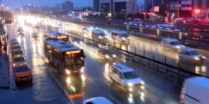 İstanbul'da yollar kilit!