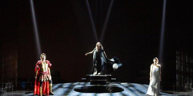 Türk sanatçılar İtalyan operasına damga vurdu