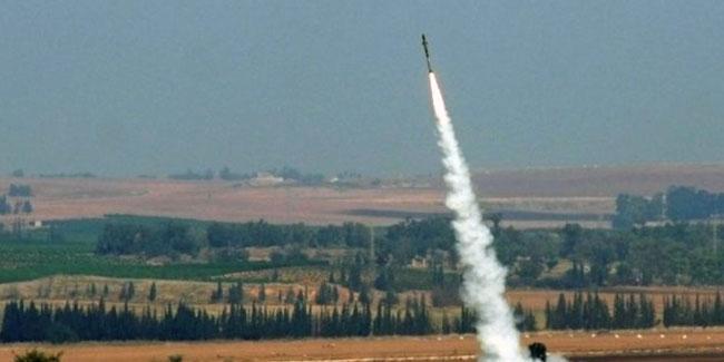 Suudi Arabistan'a roket düştü: 5 yaralı