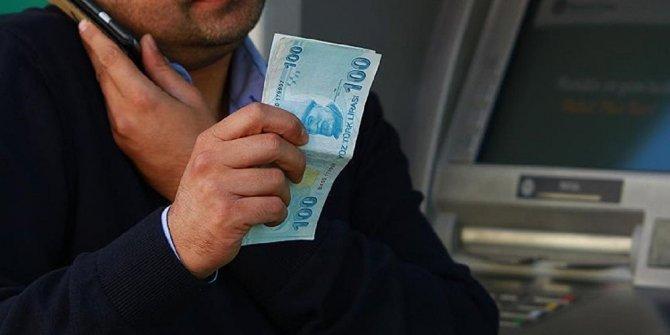 Yeni kimlikle ATM'lerden para çekilebilecek