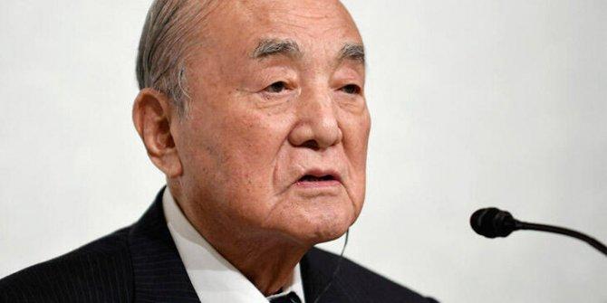 Japonya eski Başbakanı Nakasone hayatını kaybetti