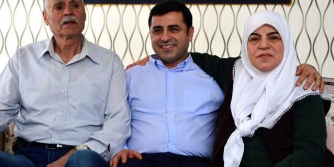 Selahattin Demirtaş'ın anne ve babası kaza geçirdi