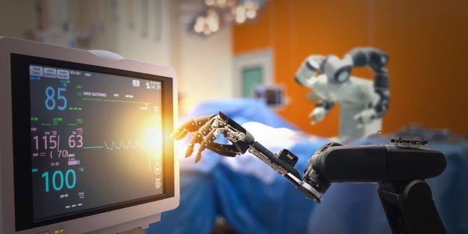 """Sağlıkta """"robot doktor"""" uygulaması başlıyor"""
