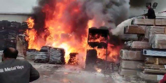 Çatalca'da fabrika yangını