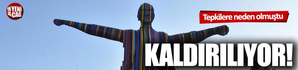 Tepki çeken Atatürk heykeli kaldırılıyor
