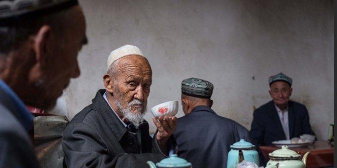 Çin hükümeti, Uygur Türklerine işkence belgelerini imha etmeye başladı