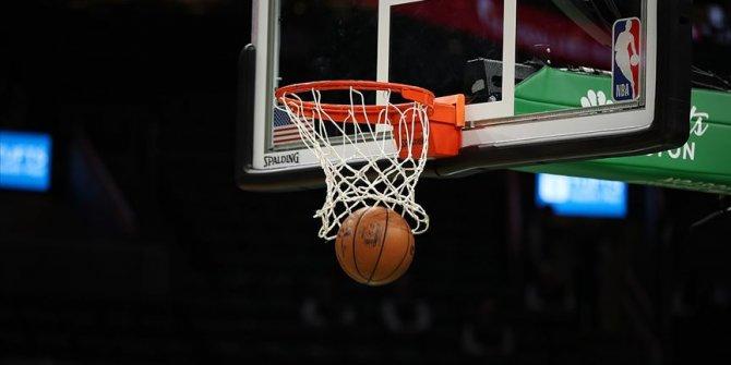 NBA'deki Türk derbisinde kazanan Milwaukee Bucks