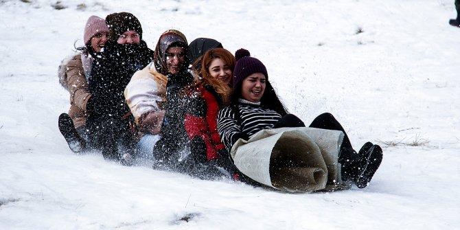 Uludağ'da tatilciler sezonu açtı