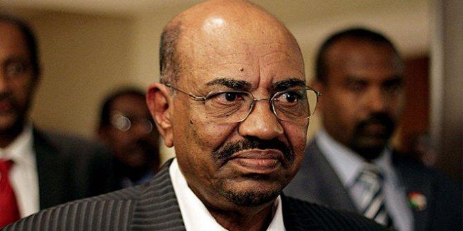 Eski Cumhurbaşkanı idam cezası alabilir