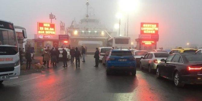 Çanakkale Boğazı'nda gemi trafiğine sis engeli