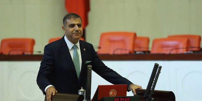 Mehmet Güzelmansur'dan AKP'ye Suriyeli sığınmacı tepkisi