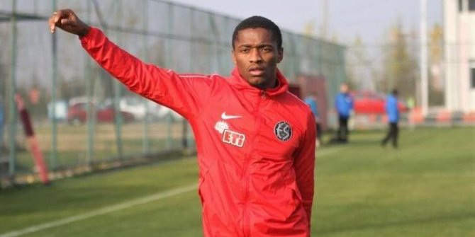Galatasaray Sekidika transferini bitirdi