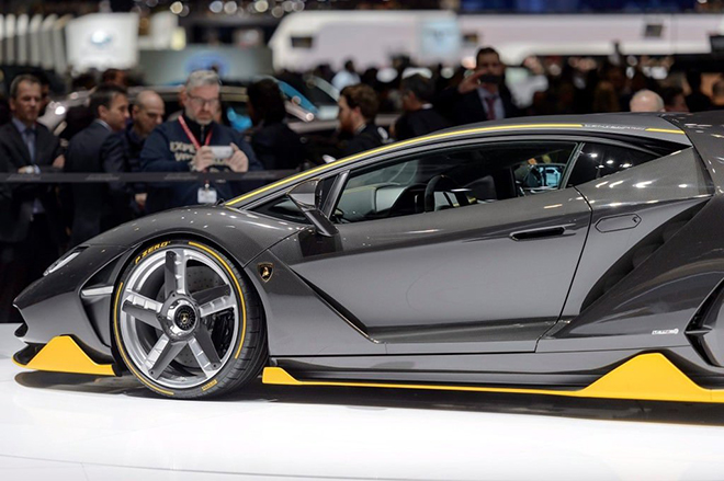 Lamborghini'den şok karar!