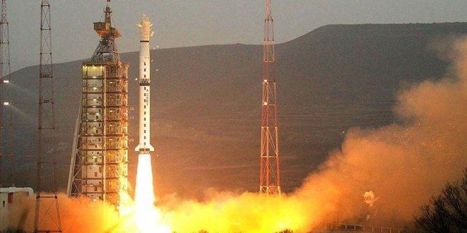 Çin'den uzaya saniyede 10 gigabayt veri transfer edecek uydu!